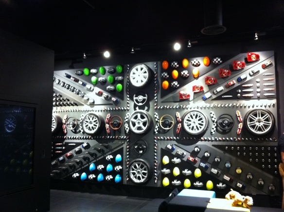 MINI Accessories wall