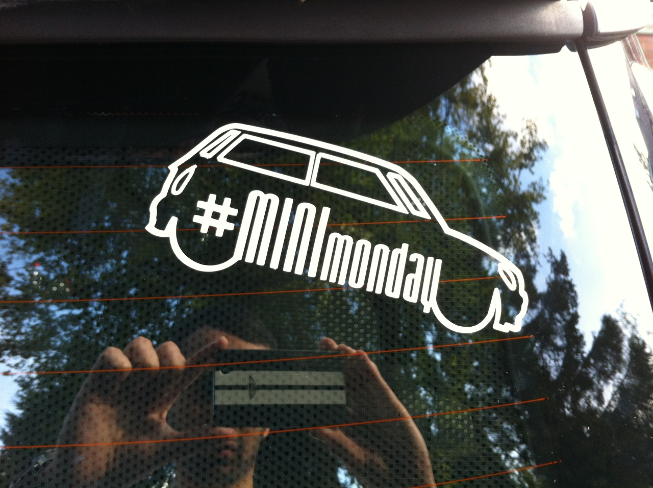MINI MONDAY Decal