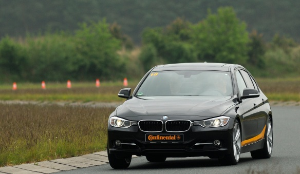 Driving Performance-BMW,
