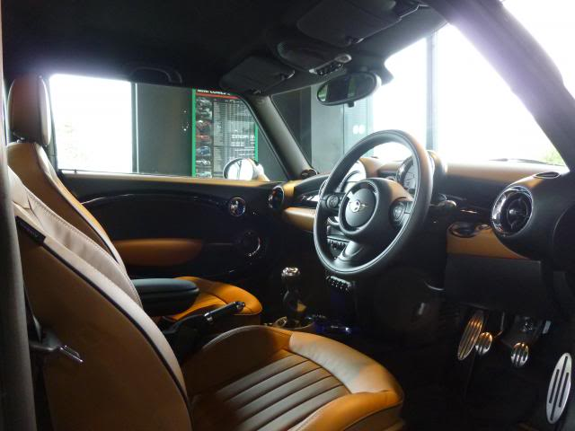 Ian MINI Cooper S interior