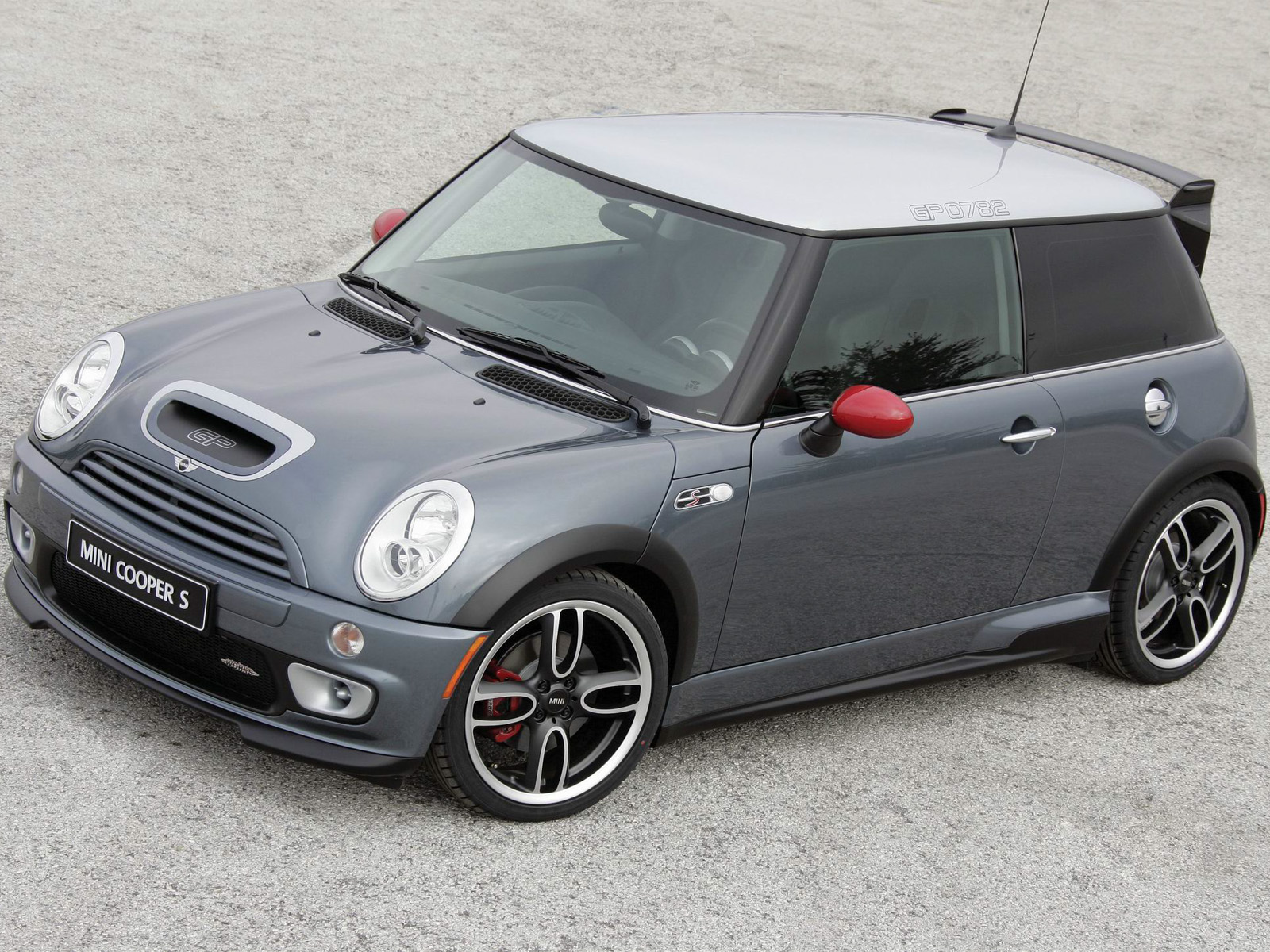 mini gp2 review the ultimate r56 jcw adventures. Black Bedroom Furniture Sets. Home Design Ideas