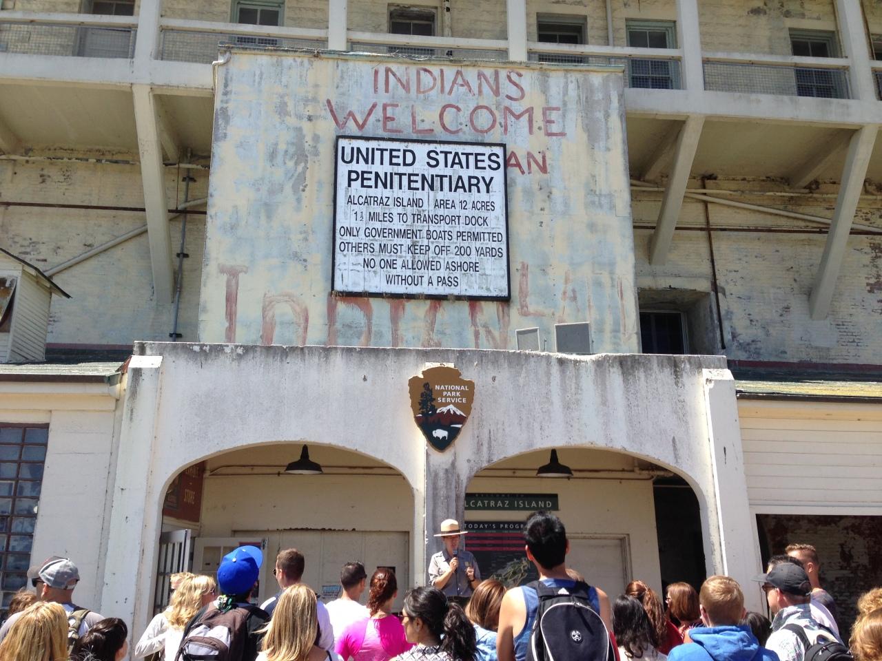 alcatraz tour start