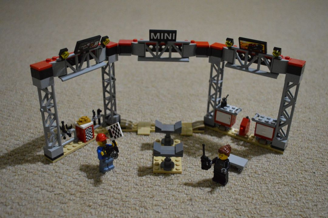 mini speed machine 75894 - mini pit station completed