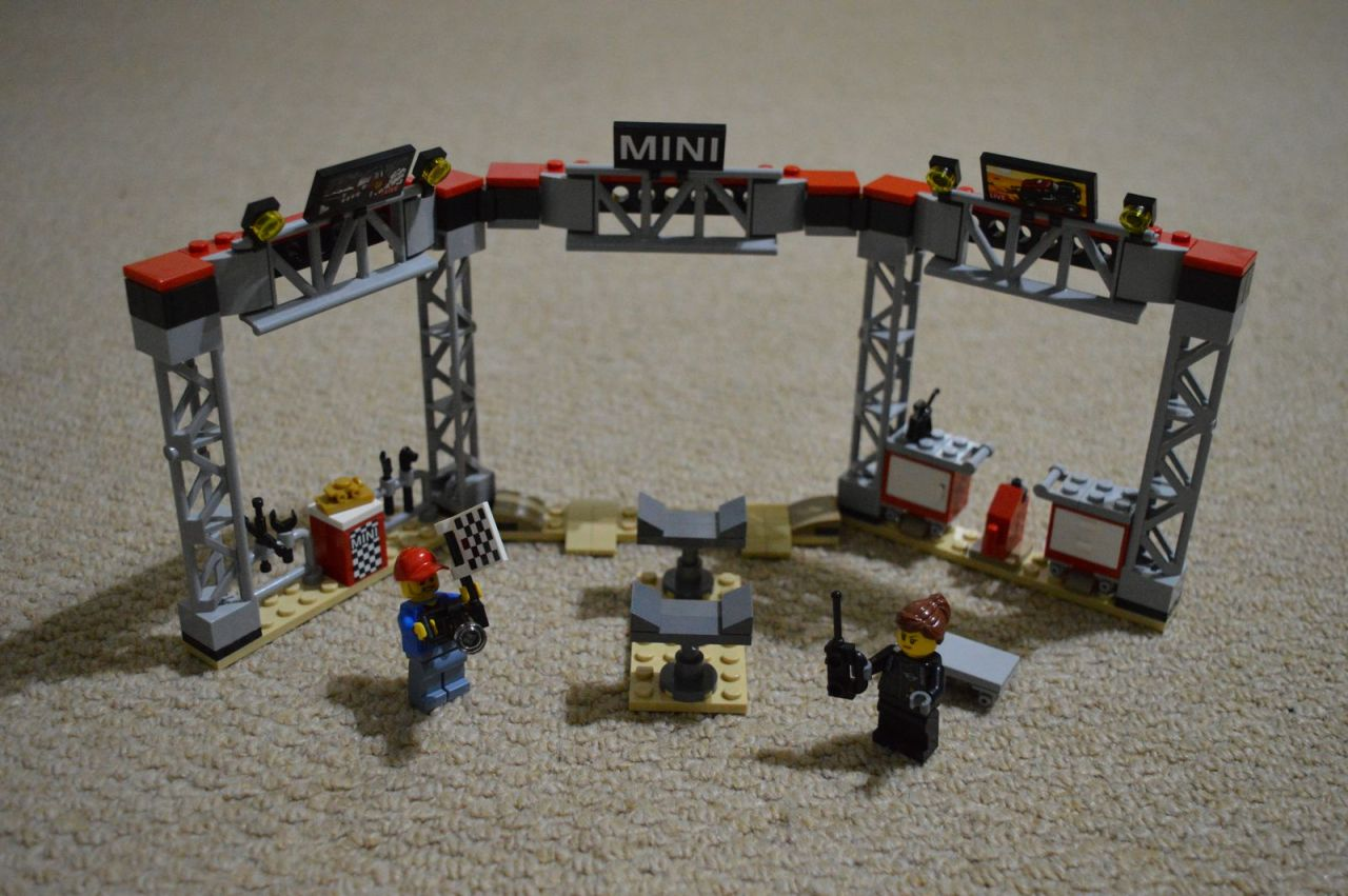 mini speed machine 75894 - mini pit station completed