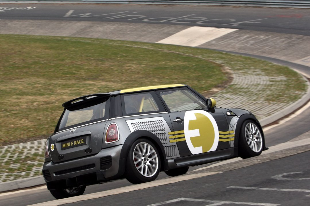 R56 MINI E Race Car Nurburgring